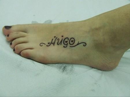 Tatuaje De Un Nombre En El Pie