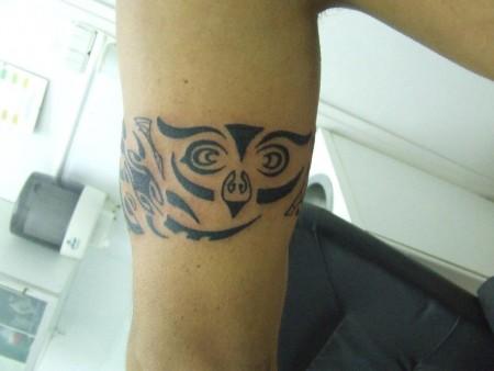 Tatuaje De Un Brazalete Tribal