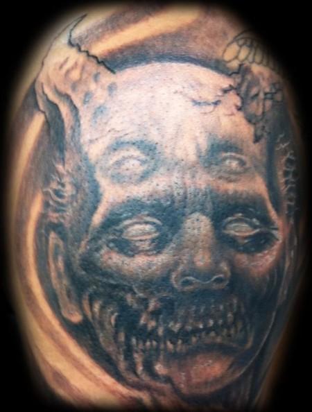 tatuajes 4 ojos