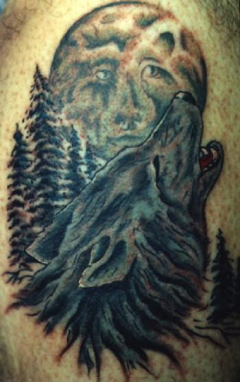 Lobo Aullando A La Luna Tattoo Sfb