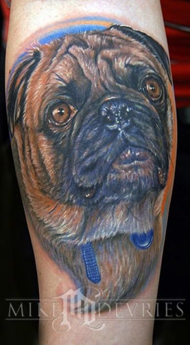 Tatuaje de un gran perro