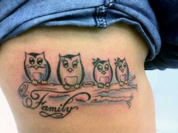 Tattoo De Una Familia De Buhos